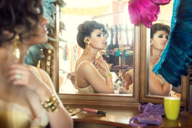 dressing room hearing aid accessory glamorous