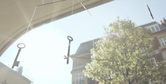 Keys dangling in sun - cubex clinic front window 2